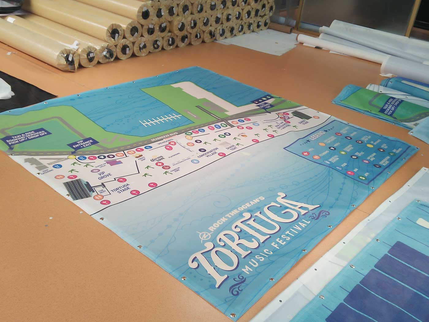 Mesh Banner Printing Windy Conditions Free Shipping